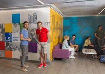 New_York_Students_in_Entrance_Lobby
